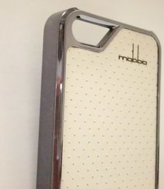 セレブホワイト IPHONEケース iphone5ケース iphone5sケース の画像 | 海外セレブ愛用 ファッション先取り ! iphone5sケース iph…