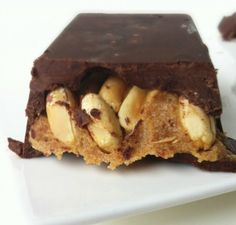 Homemade snickers candy bars | Community Post: 27 Sinfully Delicious Raw Vegan Chocolate Desserts