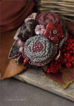 """Купить Броши """"Клюква"""" - брошь, брошь-букет, брошь цветок, брошь с ягодами, ягодная брошь"""