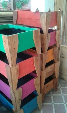 cajon  huerta completo en madera reciclada mediano