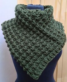 KAL Scaldacollo a punto catenelle - New Ideas Tunisian Crochet, Crochet Stitches, Knit Crochet, Knitting Patterns, Crochet Patterns, Cowl Scarf, Knitted Shawls, Neck Collar, Baby Knitting