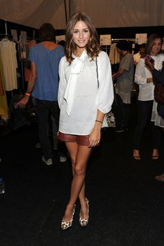 i want this outfit...from the shirt to the shoes.