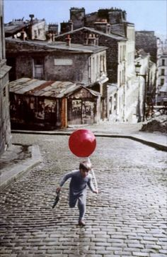 Le ballon rouge    1956 this left such an impression on me. I first saw this in elementary school in 1962 or 63. Then I bought it for my kids in the '80's now playing it for my grandson!