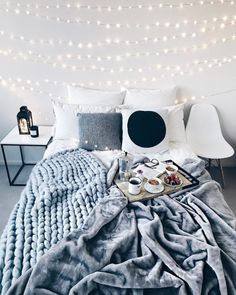 Creative and Small Bedroom Design and Decoration Ideas Part bedroom ideas; bedroom ideas for small rooms; bedroom design for couples; Dream Rooms, Dream Bedroom, Home Decor Bedroom, Bedroom Romantic, Bedroom Black, Bedroom Modern, Modern Room, Gray Room Decor, Master Bedroom