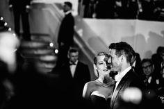 Culminamos este viernes con estas impactantes fotografías en B/N y a color de las estrellas en el Festival de Cannes 2014 realizadas por  Loïc Venance, Valéry Hache  y Alberto Pizzoli de la agencia AFP  y punto aparte el experimentado Vincent Desailly >>>