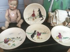 "French vintage 4 plates hand painted, tales ""little Red Riding Hood"" signed QUINSON, earthenware French Faience de la boutique VintagedeFrance sur Etsy"