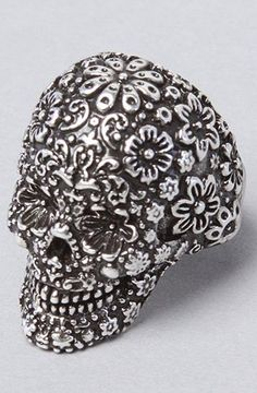 Great Disney Couture Jewelry The Pirates Glamour Skull Ring in Silver,Jewelry for Women
