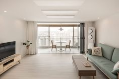 따뜻한 감성의 무지 인테리어: 봄디자인의 거실 | homify Home Room Design, Interior Design Living Room, Living Room Designs, Korean Apartment Interior, Apartment Design, Minimalist Home Interior, Modern Interior Design, Minimalist Living, Minimalist Decor