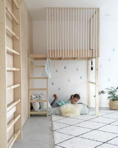my scandinavian home: A Clutter-free Finnish Home with Fab Childrens' Rooms Chambre enfant Girl Room, Girls Bedroom, Kid Bedrooms, Kids Room Bed, Trendy Bedroom, Modern Bedroom, Baby Room, Scandinavian Loft, Minimalist Room