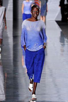 Printemps-été 2013 / Issey Miyake / Vogue Paris / Mode