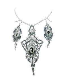 Parure de créateur broderie de perles strass Swarovski, style gothico-baroque esprit haute couture, black silver diamond : Parure par bijouxdart