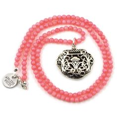 Protection lock XL coral necklace #applepiepieces #necklace