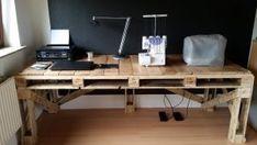 Upcycling- Schreibtisch aus Paletten