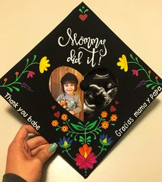 Mommy Graduation Cap - All For Bridal Hair Funny Graduation Caps, College Graduation Pictures, Graduation Cap Toppers, Graduation Cap Designs, Graduation Cap Decoration, Graduation Diy, Grad Cap, Graduation Ornament, Grad Pictures
