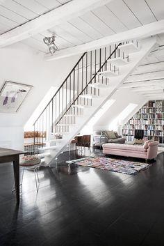 3 kiểu sàn nhà tối màu hot nhất hiện nay đáng để bạn tham khảo