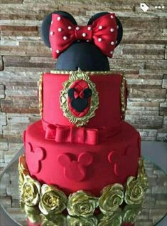 ideas birthday cupcakes for girls kids minnie mouse Torta Minnie Mouse, Mickey And Minnie Cake, Minnie Mouse Cookies, Minnie Mouse Birthday Cakes, Theme Mickey, Mickey Cakes, Mickey Birthday, Girl Cupcakes, Birthday Cupcakes