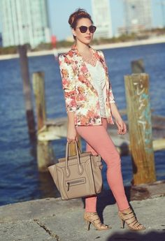 Bring Your Wardrobe Into Full Bloom With These Spring-Ready Floral Blazers - Fashion Diva Design