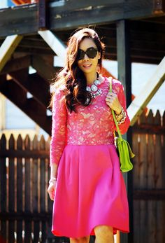 Wedding guest in Lace Dress_5