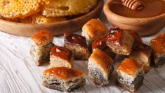 Baklava s makom Pretzel Bites, Bread, Food, Basket, Brot, Essen, Baking, Meals, Breads
