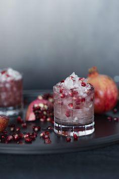 Granatäpple är en riktigt hälsobomb och innehåller fantastiska mängder antioxidanter. I februari frossar vi i denna magiska frukt på flera sätt. Till helgen blandar...