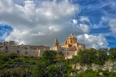 St Peters's And St Paul's Cathedral And The City Walls, Mdina, Malta.