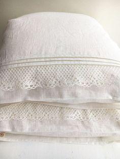 White Linen Pillowcase with Lace Romantic Pillowcase Antique Shabby Chic Sham Queen King Standard Linen Pillowcase Linen Bedding Bed Linen Australia, Bed Linen Design, Lace Decor, Linen Storage, Linens And Lace, Luxury Bedding Sets, Linen Bedding, Bed Linens, Master Suite