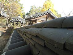 Korean Village at Yeungnam University, Daegu, Korea by Marc_Smith, via Flickr