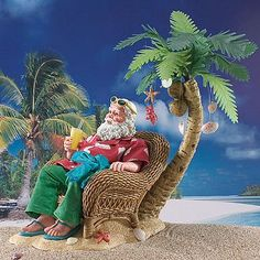 Life's a Beach - clothtique Santa by Possible Dreams. Santa Claus sitting in his wicker chair, on the beach with his favorite libation and palm tree decorated with sea-life ornaments. Nautical Christmas, Tropical Christmas, Beach Christmas, Christmas Night, Christmas Scenes, Christmas In July, Christmas Art, Christmas Things, Santa Pictures