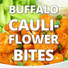 Buffalo Cauliflower Bites are an easy, healthy, low-carb, and vegan appetizer recipe for game day gatherings or a Super Bowl party. Buffalo Cauliflower Bites, Cauliflower Wings, Vegan Appetizers, Appetizers For Party, Appetizers Superbowl, Parties Food, Super Bowl Party, Aperitivos Super Bowl, Super Bowl Essen
