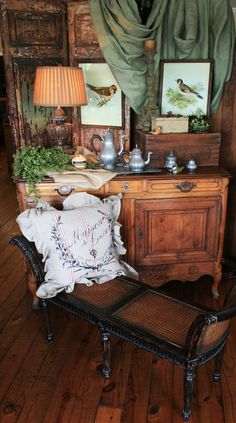 That vignette on chest...British Colonial traditional