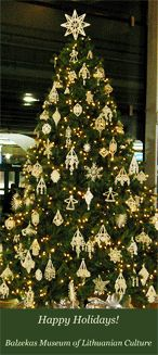 Christmas Ornament Making at Balzekas Museum of Lithuanian Culture in Chicago: Christmas Tree Decorated by Balzekas at O'Hare International Airport
