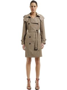 BURBERRY HOODED NYLON TRENCH COAT. #burberry #cloth #
