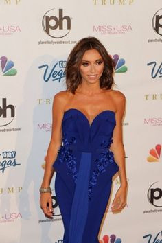 Giuliana Rancic - Celebs Arrive for the Miss USA Pageant love her hair