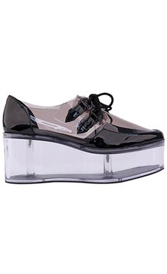 YRU - QLOUD, BLK/CLR, CREEPER : Well Connected ™ http://wellstore.la/yru-qloud-blk-clr-creeper/dp/4457 #fashion #style #flatforms #platforms #lucite #grunge
