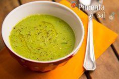Sopa de ervilha com rúcula. Uma delícia para tomar neste friozinho. Receita de sopa de ervilha fresca. Muito facil e gostosa.
