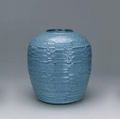 nakashim-hiroshi-celadon-jar-439x437