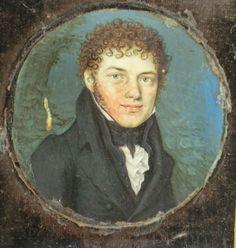 """""""Brustportrait eines jungen Mannes"""". Um 1810. Gouache wohl auf Beinplatte. Rund. D 6 cm. Partiell retuschiert. Klebereste am Rand (Glasabdeckung fehlt). Samtrahmung in Lederetui (beschädigt). 10 x 8 cm."""