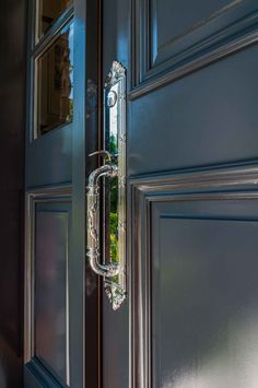 Front doors require special care when painting. Whether it is bright blue or blending brown, check out how Warline will help your front door stand out. Painted Exterior Doors, Painted Front Doors, Exterior Paint, Benjamin Moore Shadow, Benjamin Moore Exterior, Navy Houses, Color Me Badd, Deep Silver, Front Door Entrance