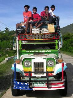 Colorful Jeepney. Philippines 2012 © JOVIKA