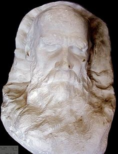 Leo Tolstoy   The famed Russian writer of such masterpiece novels as War and Peace and Anna Karenina, had his death mask created on the very pillow he succumbed on in November 1910.