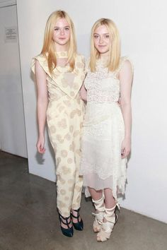 How To Dress Like Your Favorite Celebrity For Halloween: Dakota and Elle Fanning