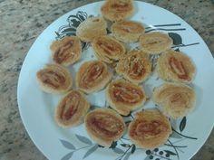 Biscoitos folheados de queijo parmesão com presunto Cozinha mágica  Pat Brigadeiros