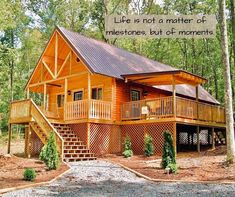 Check out our most popular Mountain King for the perfect place to house all your memories. Log Cabin Kits, Log Cabin Homes, Cabin Plans, House Plans, West Virginia Cabin Rentals, Luxury Log Cabins, New River Gorge, Cozy Cabin, Konica Minolta