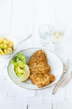 "Enrich your next dinner party with a ""real"" Wiener Schnitzel. ©Österreich Werbung/Wolfgang Schardt  #feelaustria"