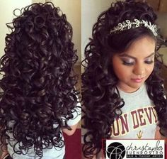 Quinceanera Hairstyles For Long Hair With Curls And Tiara - Hairstyles Trends - Quinceanera Hairstyles For Long Hair With Curls And Tiara – Hairstyles Trends Quinceanera Hairstyles For Long Hair With Curls And Tiara Sweet 15 Hairstyles, Quince Hairstyles, Tiara Hairstyles, Curled Hairstyles, Pretty Hairstyles, Wedding Hairstyles, Royal Hairstyles, Updo Hairstyle, Wedding Updo