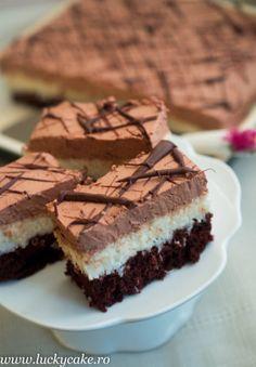 Romanian Desserts, Romanian Food, Cookie Recipes, Dessert Recipes, Chocolate Pastry, Vegan Kitchen, Pastry Cake, Dessert Drinks, Something Sweet