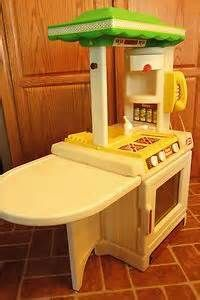This is the same stove I had when I was little...oh how I wish it was still around for Addison to play with.  Image detail for -Vintage Little Tikes Kitchen Set for Dollhouse by whitecatvintage