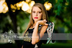 Senior Picture Ideas for Girls | Fancy That Photography | Gwen Bradbury | Athlete | Track | Runner | Sunset | Trees | Tigers