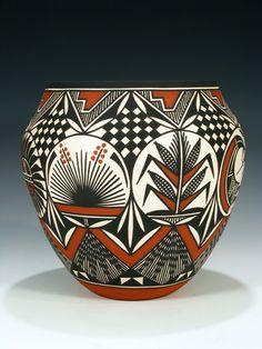 acoma_pottery_010616049.jpg (600×800)