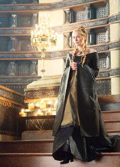 Lena Headey in 'Game of Thrones' (2011). x
